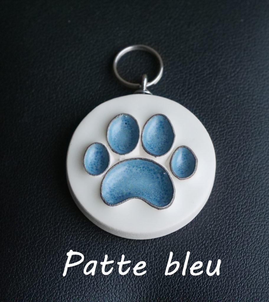 patte bleu